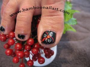 PIEDS fonds noir arabesque noir et rouge